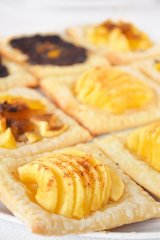 Mini Apple Tart with Puff Pastry